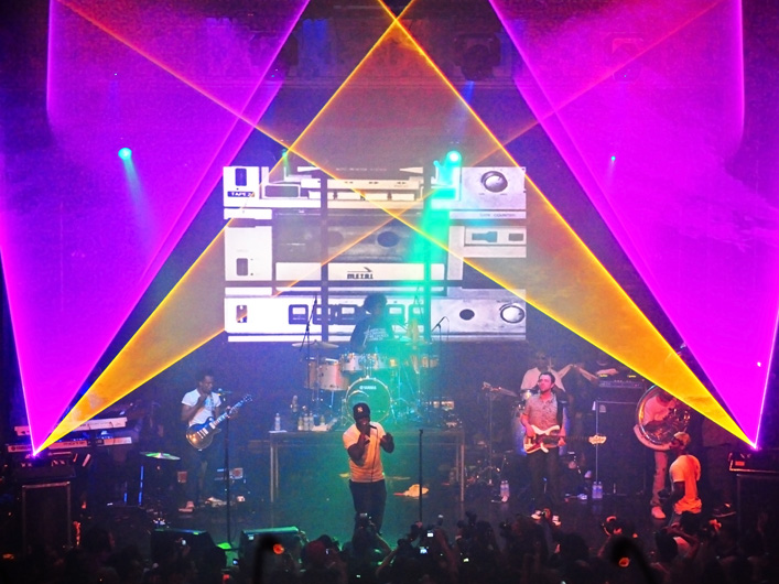 The 2009 Diesel:U:Music live performance on July 30th, 2009 at NYC's Webster Hall featured two Lightwave lasers beaming specific event-matching yellow & bright fuscia colors.